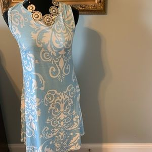 BLUE AND WHITE DAMASK POCKET SLEEVELESS DRESS